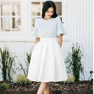Rachel Parcell Classic Fit Full White Skirt